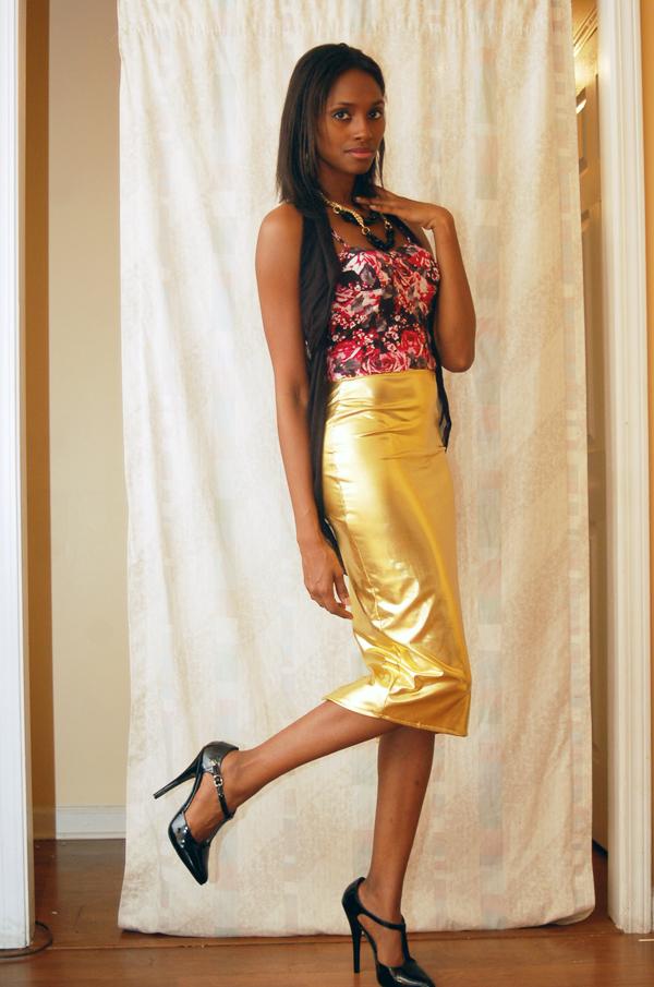 alliexperience allie gold skirt pattern shirt black heels asos 3