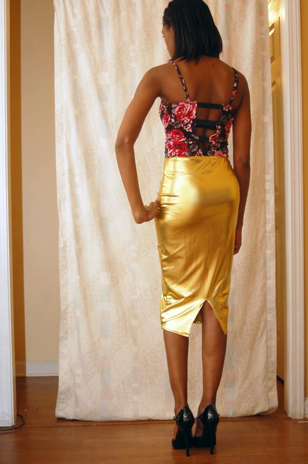 alliexperience allie gold skirt pattern shirt black heels asos 4