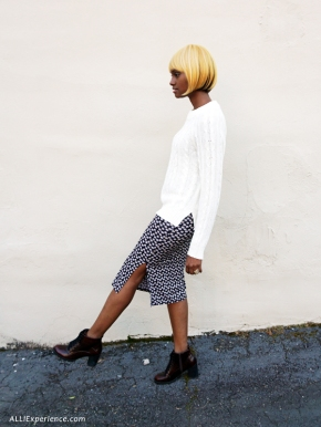 Oversized Sweater + Floral Pencil Skirt #LookoftheDay