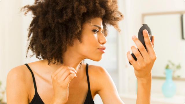 051214-b-real-natural-hair-woman-afro-makeup-beauty-mirror